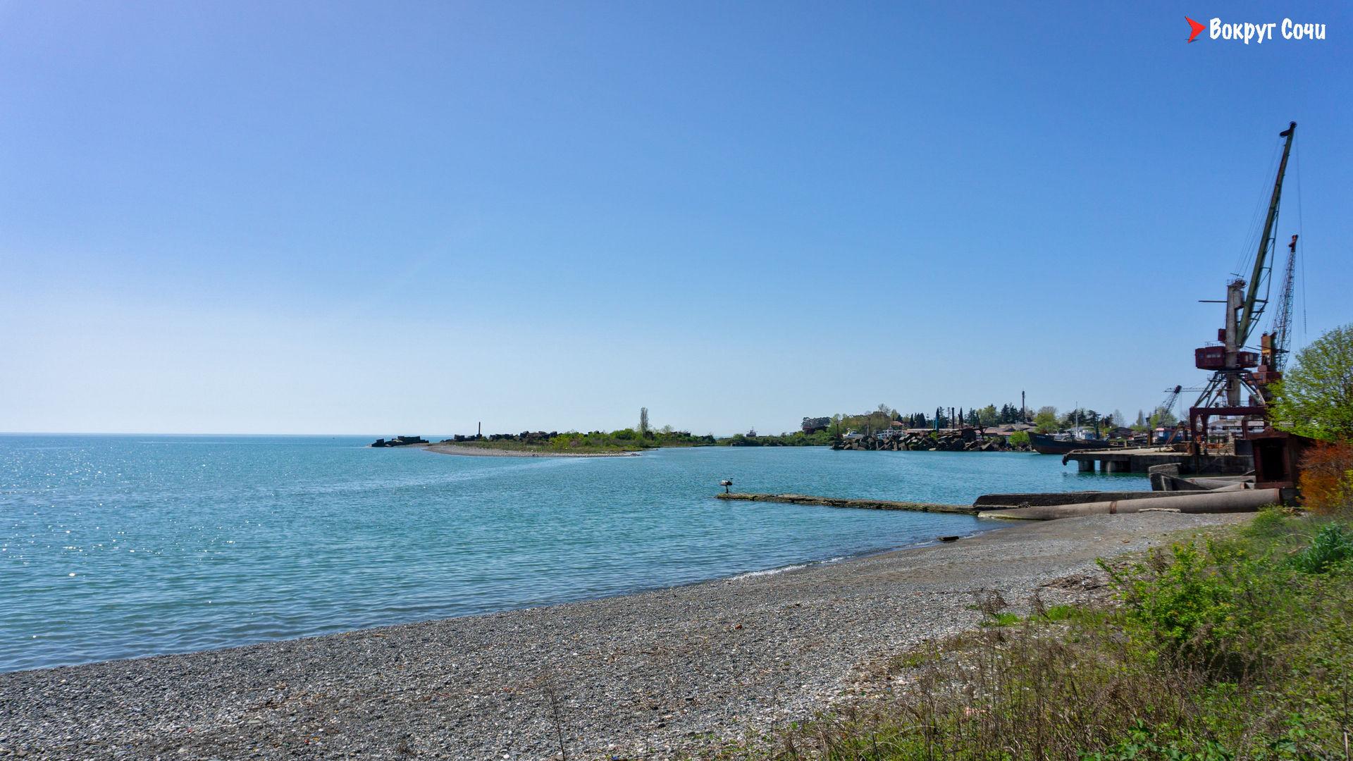 Сухумский порт